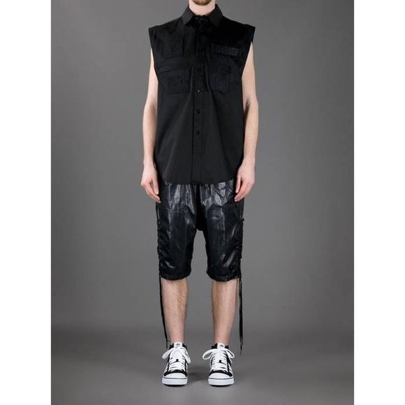 KTZ black embroidered patch sleeveless shirt